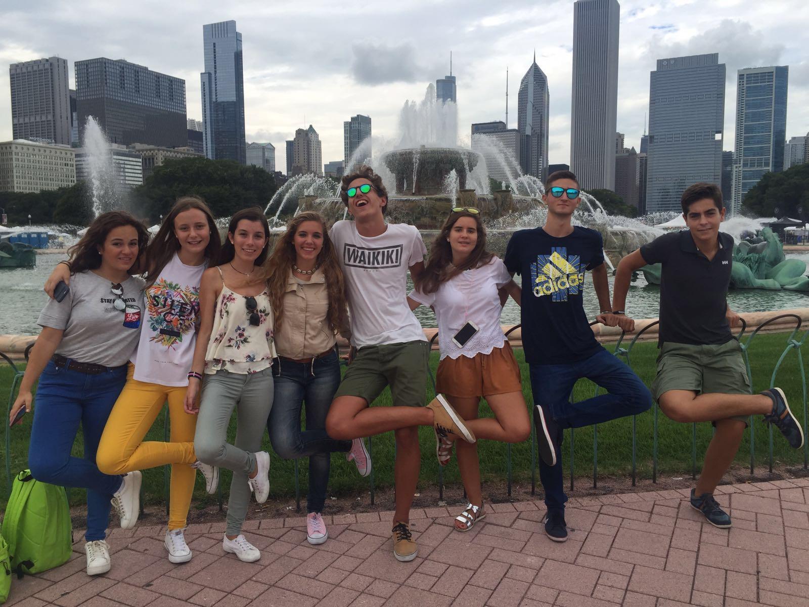 Grupo De Estudiantes De Grayslake, Illinois
