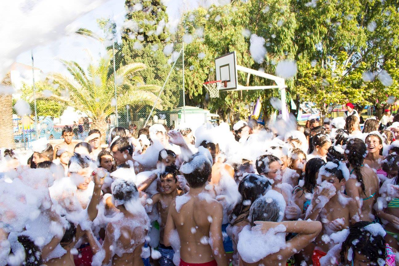 Fiesta De La Espuma En El Tercer Turno De Campus Sabinillas