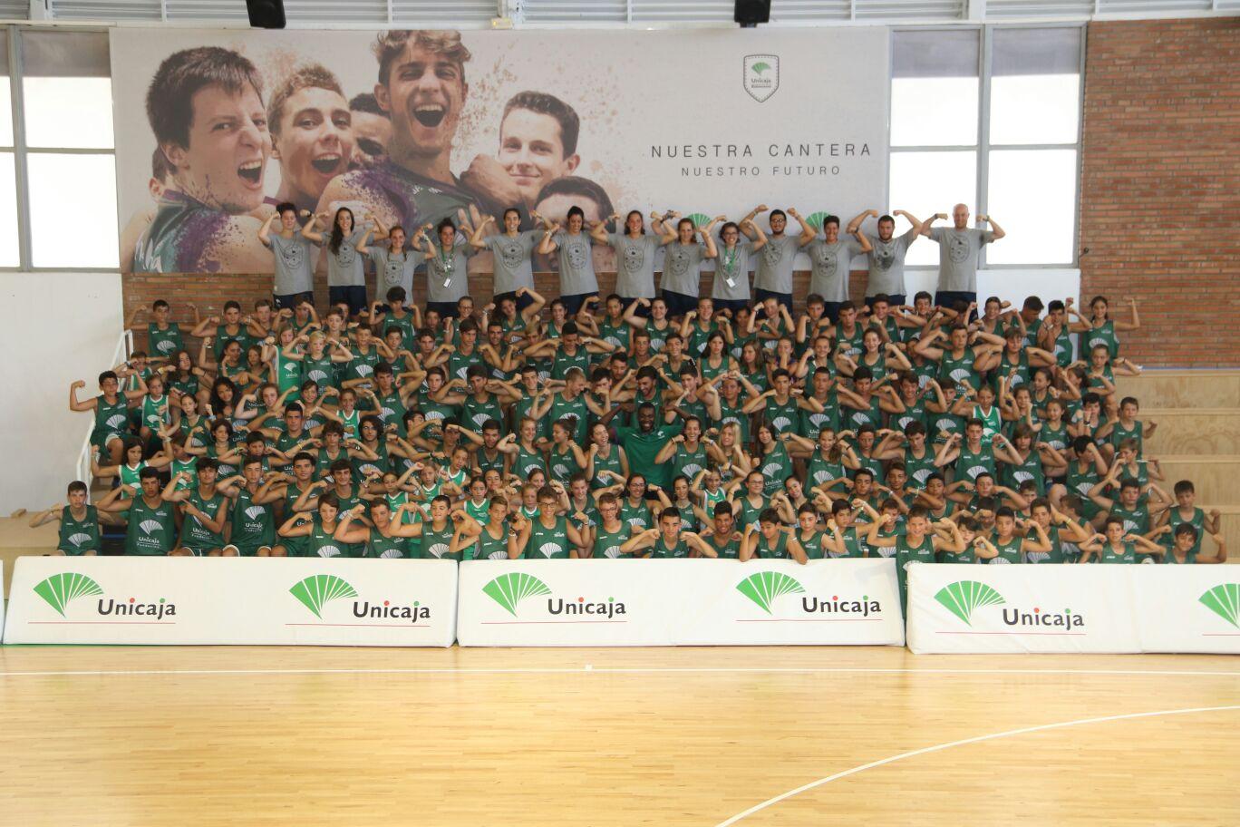 El Tercer Turno De Campus Unicaja Baloncesto Con Viny Okouo (en El Centro).